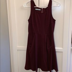 NWOT - Super cute dress with pockets!